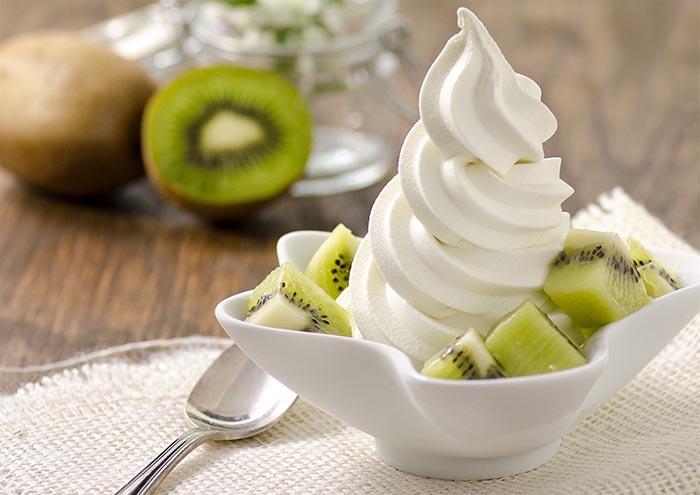 Vanilková točená zmrzlina PreGel s kiwi